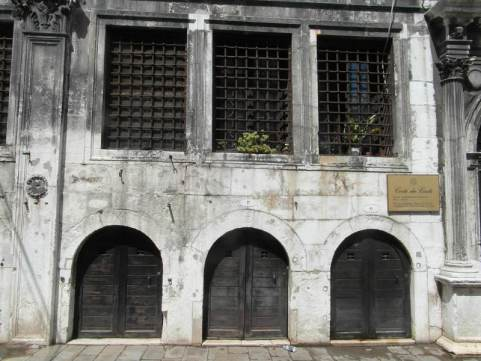 palazzo-camerlenghi5